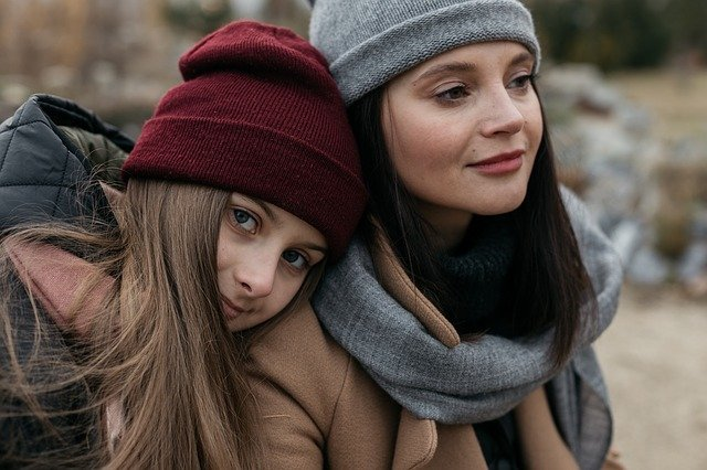 mom with teen daughter