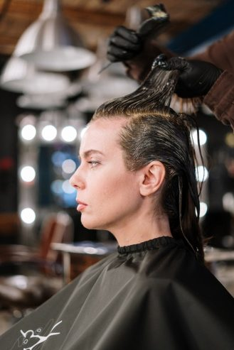 woman getting a hair color